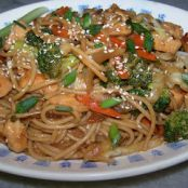 Chicken or Pork Lo Mein