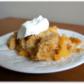 3 Ingredient Slow Cooker Peach Cobbler