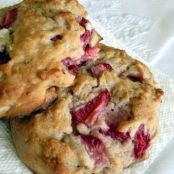 Gluten Free Strawberry Scone