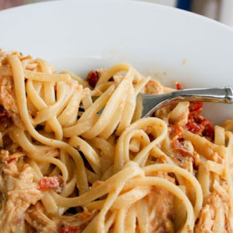 Four Cheese Sun-dried Tomato Chicken Pasta