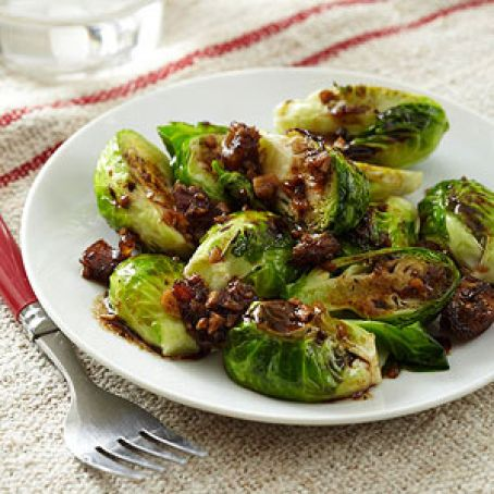 Date and Balsamic-Glazed Brussels Sprouts