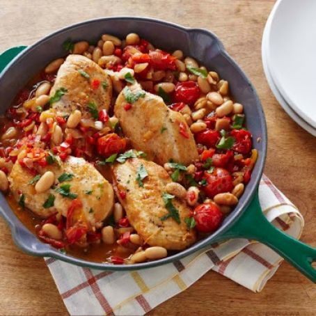 One-Pan Seared Chicken Breasts with Cherry Tomatoes & White Beans