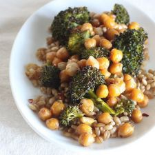 Oven-Roasted Chickpeas and Broccoli with Barley