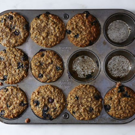 Blueberry, Oatmeal & Flaxseed Muffins