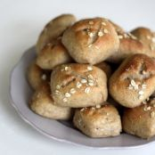 Bread Machine Wheat Rolls with Yogurt & Oats