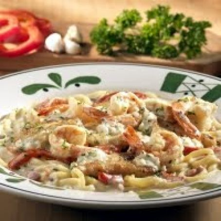 Olive Gardens Chicken or Shrimp Carbonara