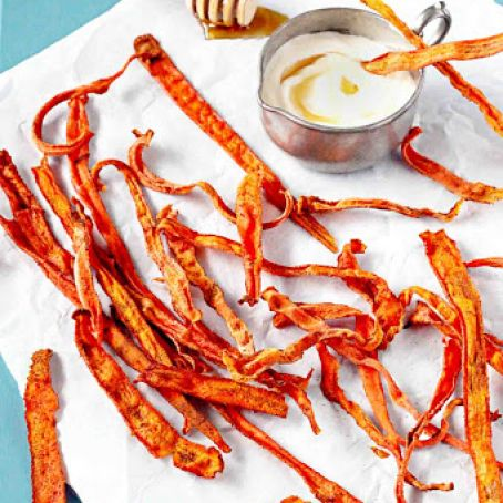 Cinnamon Carrot Chips with Honey Yogurt Dip