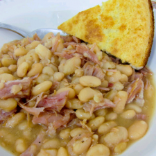 Ham & White Beans - Slow Cooker