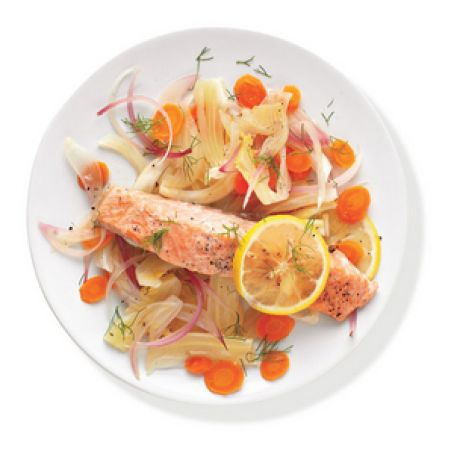 Salmon With Fennel and Carrots