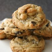 Brown Butter Toffee & Macadamia Nut Chocolate Chip Cookies