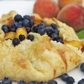 Blooming Peach and Blueberry Tart from PlatterTalk.Com