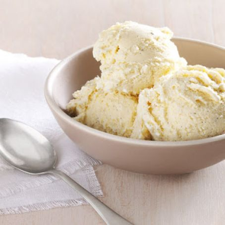 Vanilla Ice Cream with Honey