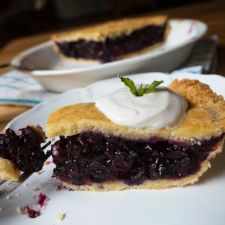 Paleo Black 'N Blueberry Pie