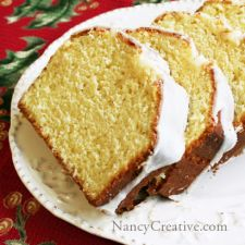 Eggnog Bread with Eggnog Glaze