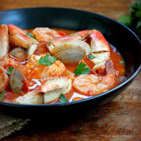 Shellfish Stew with Red Wine and Fennel