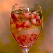 Clinton Kelly's Strawberry Basil Spritzer