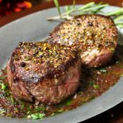 Pan Seared Filet of Sirloin with Red Wine Sauce
