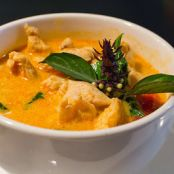 Red Curry with Chicken & Rice