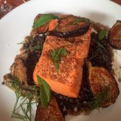 Broiled Salmon and Figs