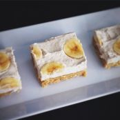 Paleo Banana Cream Pie Bars