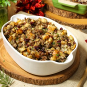 Jones Sausage, Cranberry & Apple Stuffing