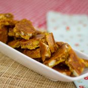 Low Carb Macadamia-Coconut Brittle