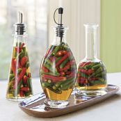 Hot, Hot, Hot Chile Pepper Vinegar