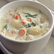 Hearty Chicken Gnocchi Soup
