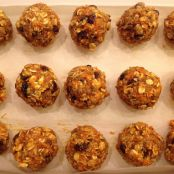 Carrot Cake No Bake Cookie Balls