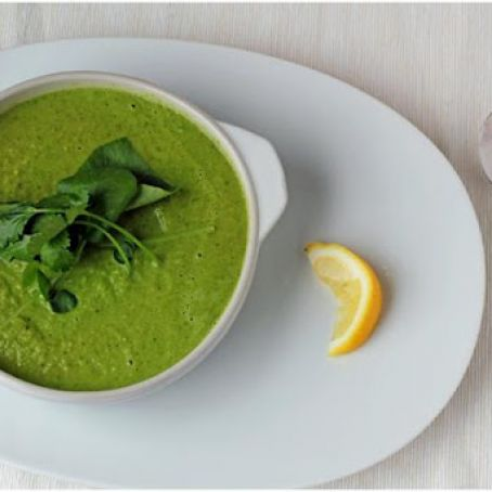 Creamy Broccoli and Kale Soup