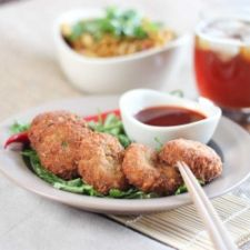 Fragrant Prawn, Crab & Salmon Thai Fish Cakes with Green Curry