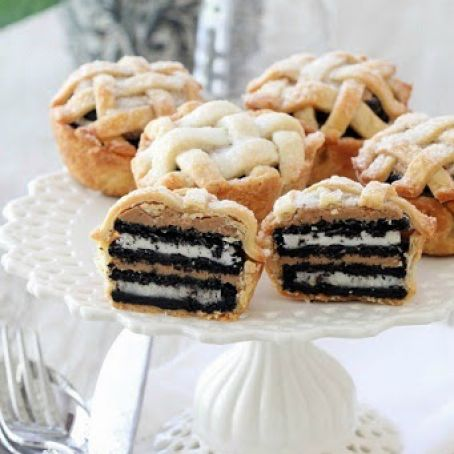 Oreo and Peanut Butter Layered Baby Lattice Pies