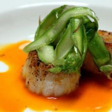 Succulent Scallops in a Carrot, Orange and Cardamom Sauce