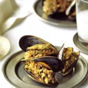 Stuffed Mussels, Istanbul Street-Style