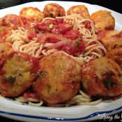 Chicken Meatballs with Red Sauce and Spaghetti