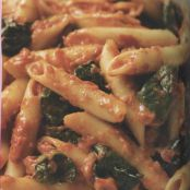 PENNE WITH RED PEPPER SAUCE & SPINACH