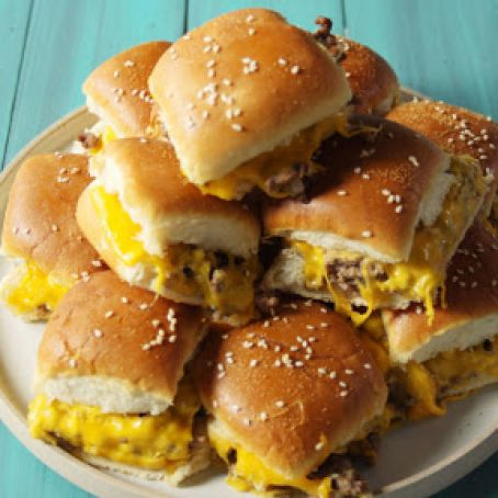 Pull-Apart Cheeseburger Sliders