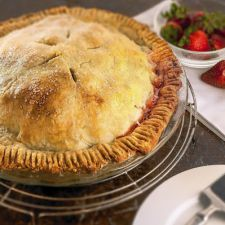 Strawberry-Rhubarb Deep Dish Pie