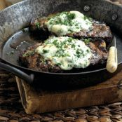 Steak with Blue Cheese and Horseradish Topping