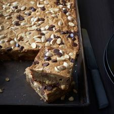 Marcona Almond Blondies