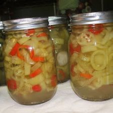Spicy Canned Banana Peppers