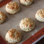 SCONE - Cheese Biscuits with Scallions and Black Pepper