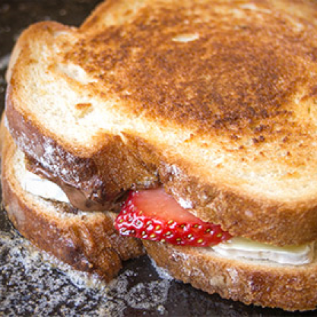 Valentine's Day Grilled Cheese