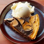 Pumpkin-Brownie Swirl Pie