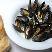 Mussels with Tarragon Cream