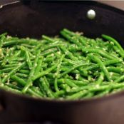 Healthy and Easy Ginger and Garlic Green Beans