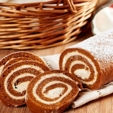 Pumpkin Roll with Spiced Cream Cheese Filling