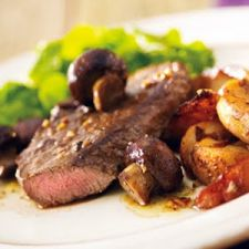 Garlic Steak With Mushrooms and Onion-Roasted Potatoes