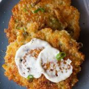 Cheesy Quinoa Cakes with a Roasted Garlic and Lemon Aioli