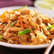 One-Pot Chicken Pad Thai